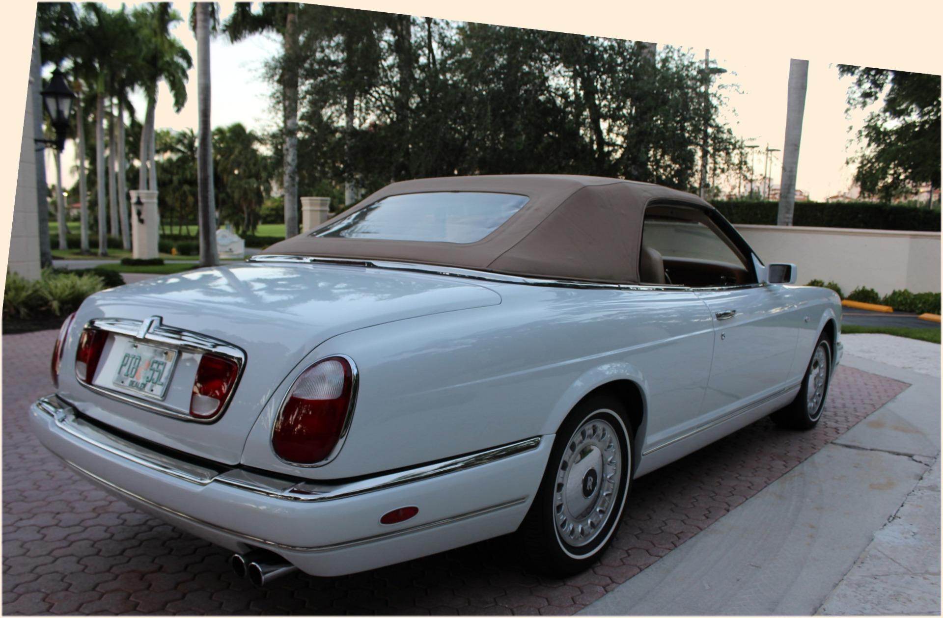 Used-2001-Rolls-Royce-Corniche-335-Hp-Turbo