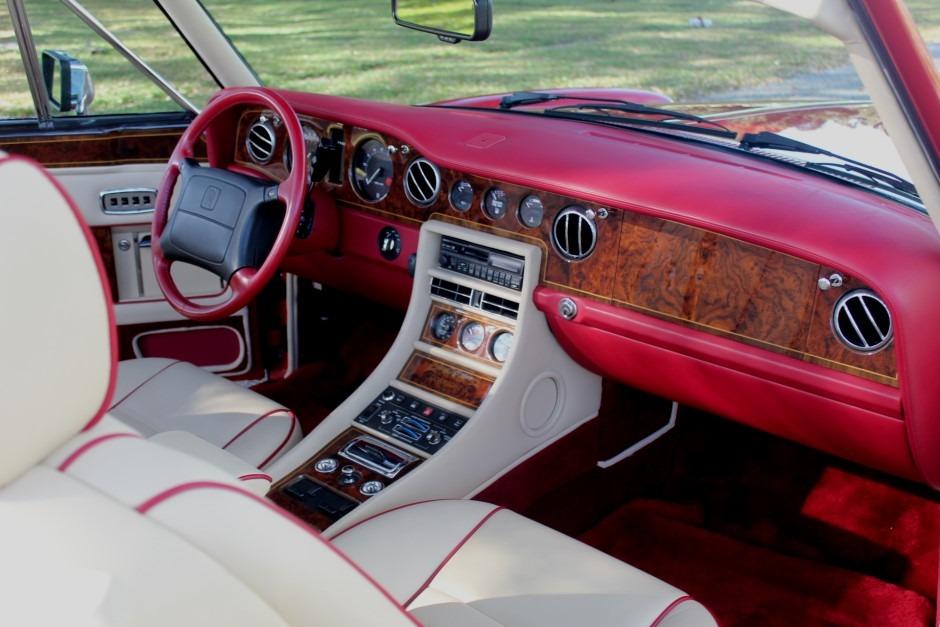 Used-1995-Rolls-Royce-Corniche-S--17-of-25